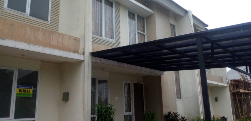 HOUSE FOR SALE : PARADISE RESORT CIPUTAT 3BR